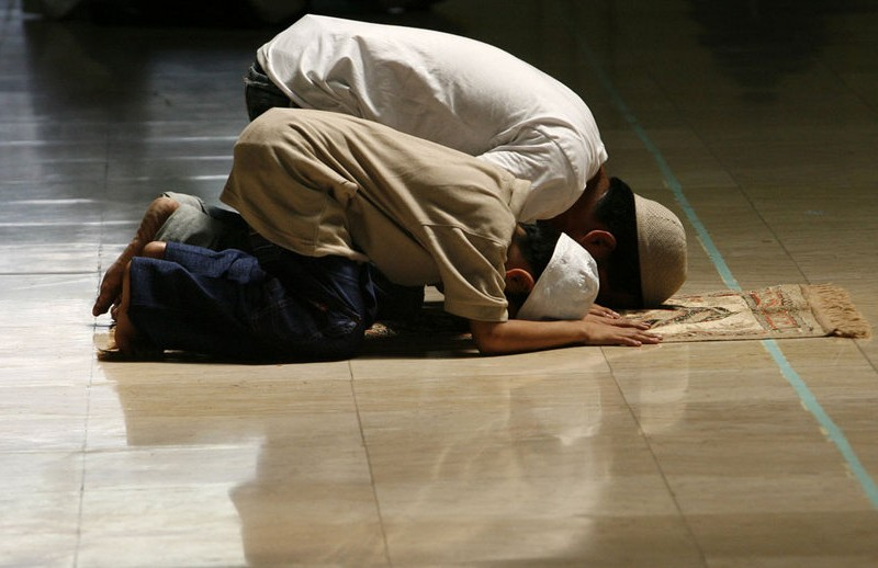 """Témoignage de Ahmed : """"Jésus-Christ a donné un sens à ma vie"""" www.leboncombat.fr"""