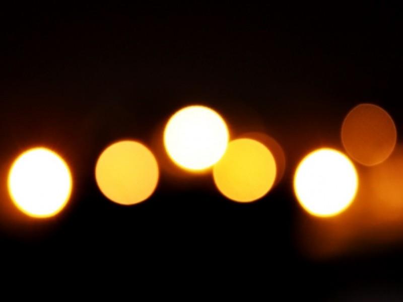 """""""Dieu est lumière"""" : mais que signifie cette affirmation?  www.leboncombat.fr"""