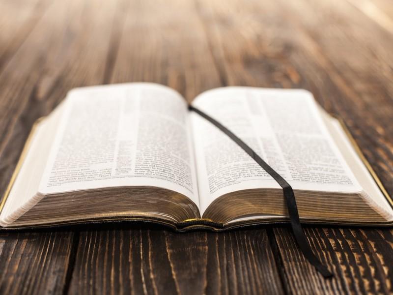 Et si nous lisions la Bible sans les numéros de versets ?  www.leboncombat.fr