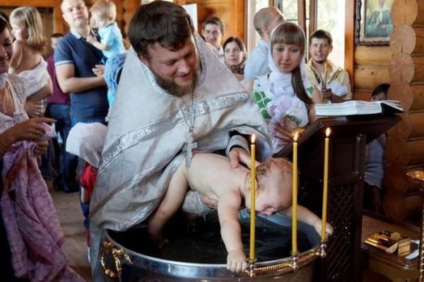 baptisme ou ... pédobaptisme ?  www.leboncombat.fr